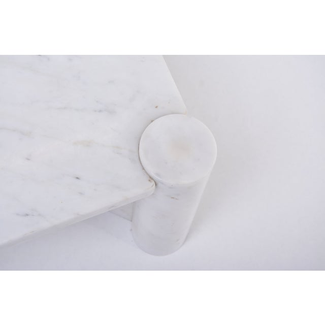 Jumbo White Marble Coffee Table by Gae Aulenti, 1970s For Sale - Image 9 of 11