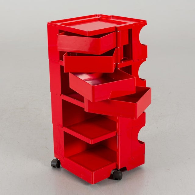 This plastic Boby model chest of drawers was designed by Joe Colombo for Bieffeplast in Padova, Italy in the 1970s.