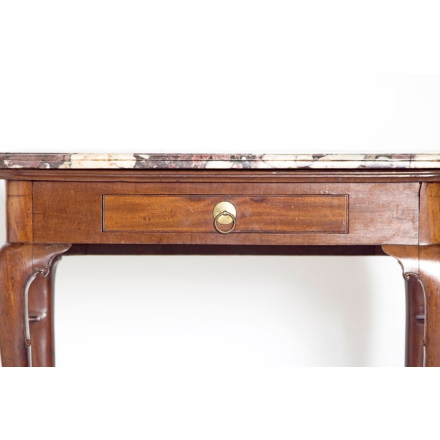 Early 18th Century Queen Anne Mahogany Side Table For Sale - Image 4 of 13