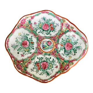 Rose Medallion Porcelain Shell Bowl Catchall For Sale