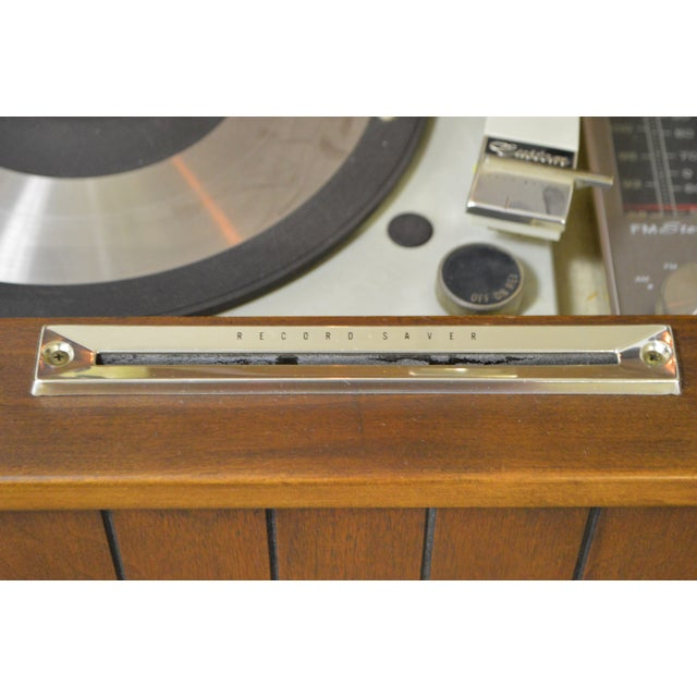 Mid Century Modern Danish Style Stereo Console w/ Record Player For Sale - Image 5 of 10