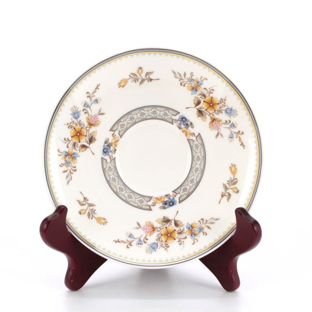 """1970s Vintage Mikasa Bone China in """"Chippendale"""" Pattern, Set of 32 For Sale - Image 5 of 8"""