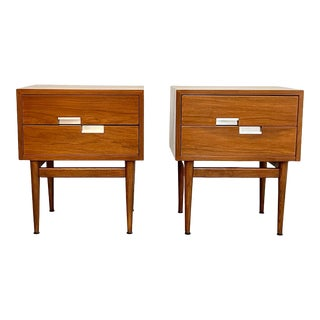 Pair of Mid Century Modern End Tables/Nightstands by American of Martinsville For Sale
