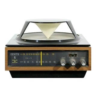 Mid Century Modern Vintage Zenith Am/Fm Circle of Sound Radio Model A424w 1970s For Sale