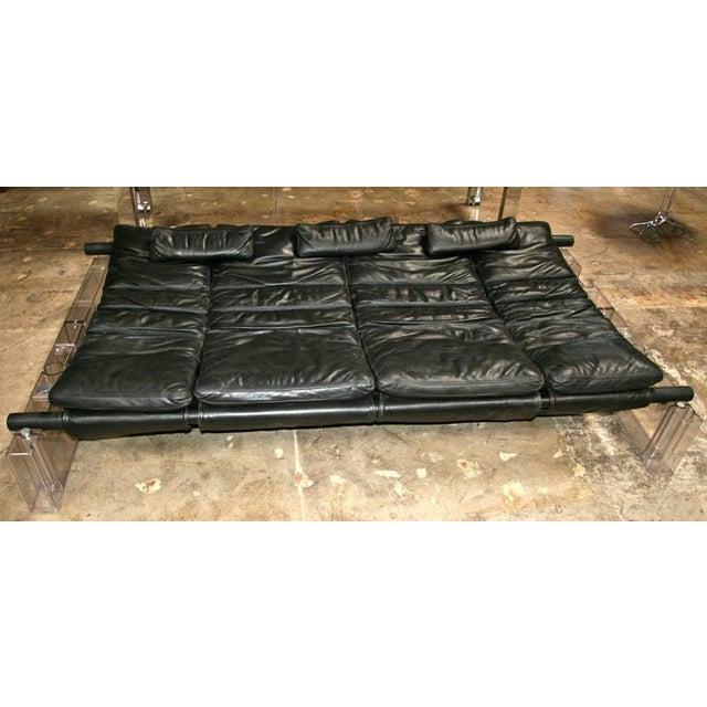 "Vittorio Mazzucconi ""Positiv"" Plexi and Leather Sofa For Sale - Image 10 of 11"