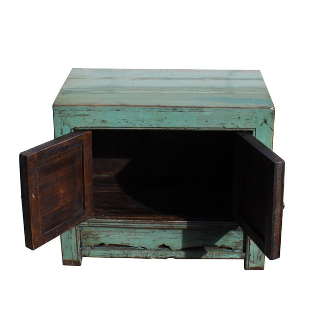1980s Oriental Distressed Aqua Green Lacquer Side End Table Nightstand For Sale - Image 5 of 8