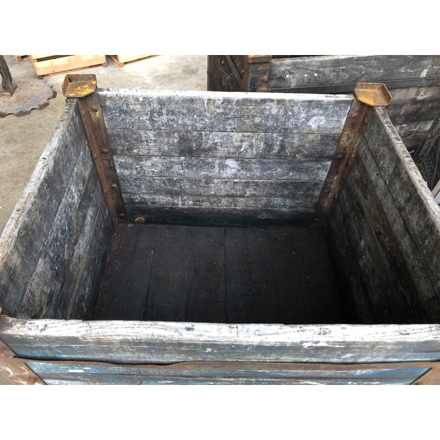 1900's American Industrial Planter For Sale - Image 4 of 5