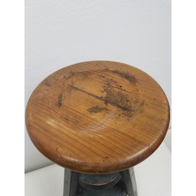 1970s Vintage English Adjustable Stool For Sale - Image 5 of 13