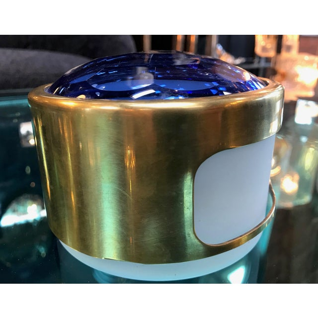 Hollywood Regency Round Brass Decorative Box With Blue Glass , Italy 1960s For Sale - Image 3 of 8