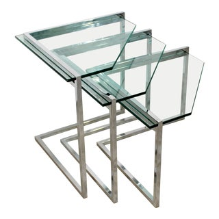 1970s Vintage Mid Century Modern Cantilever Chrome & Glass Nesting Side Tables - Set of 3 For Sale