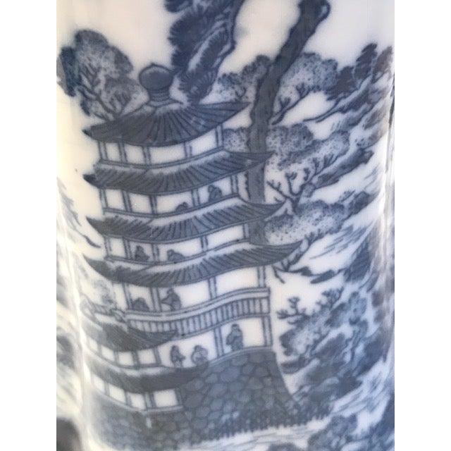Chinoiserie Blue & White Teapot & Creamer - Image 8 of 8