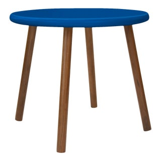 "Peewee Small Round 23.5"" Kids Table in Walnut With Pacific Blue Finish Accent For Sale"
