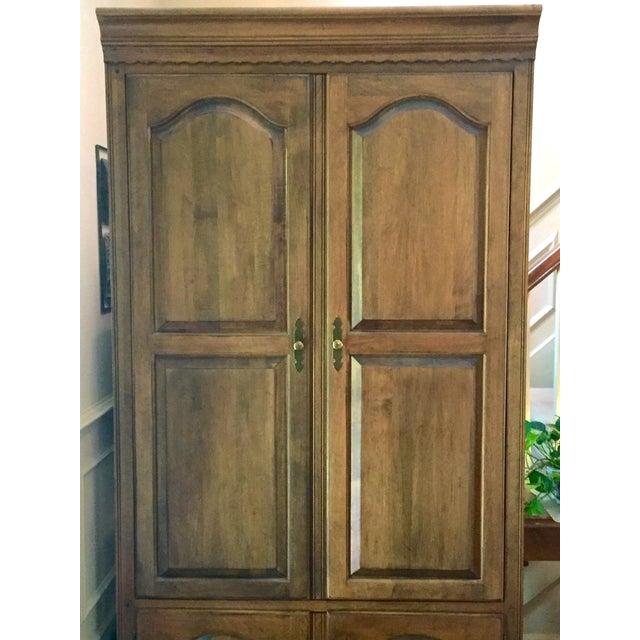 Vintage Ethan Allen Entertainment Cabinet For Sale In Nashville - Image 6 of 9