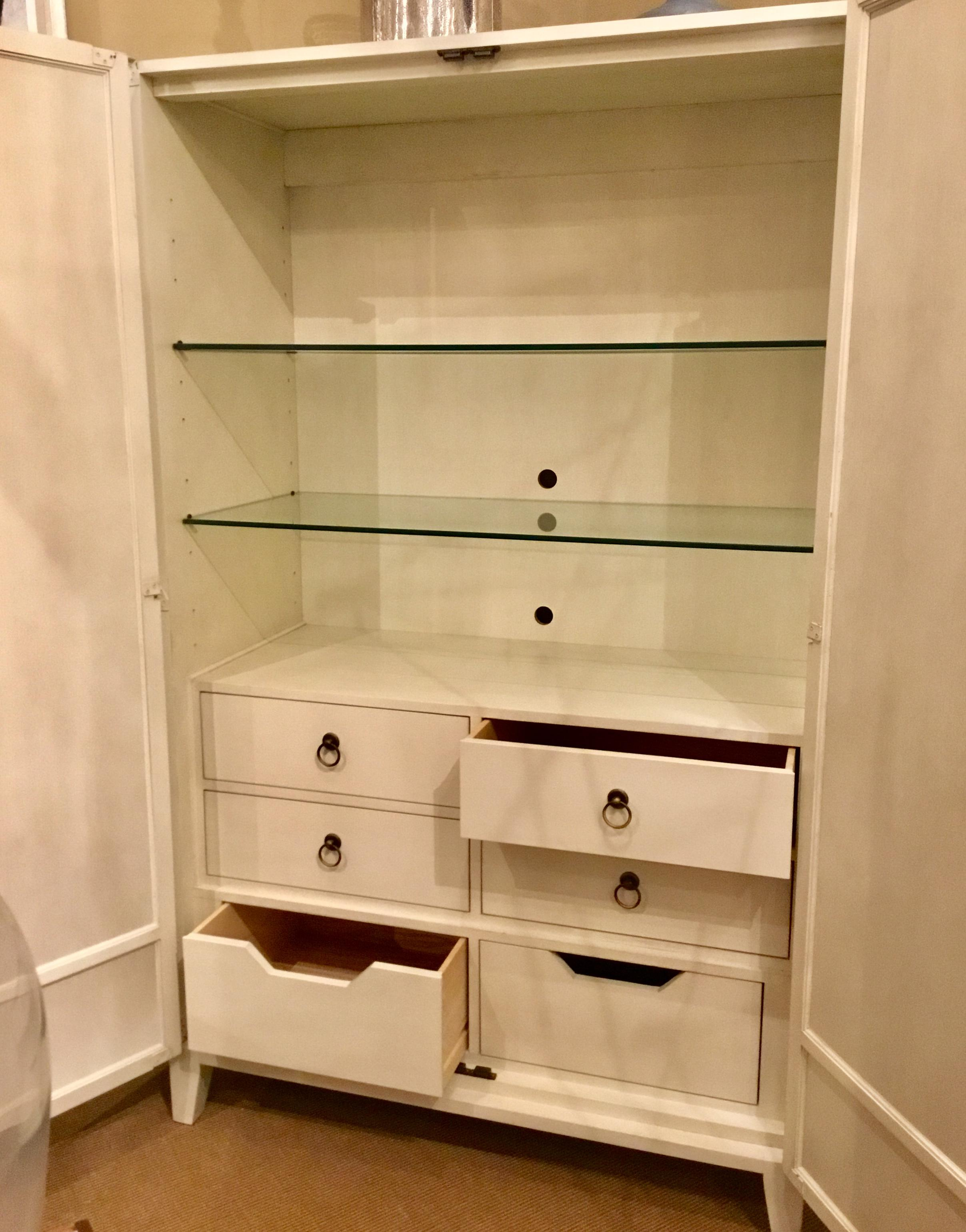 Contemporary Hickory Chair Off White Cleo Bar Cabinet   Image 2 Of 9