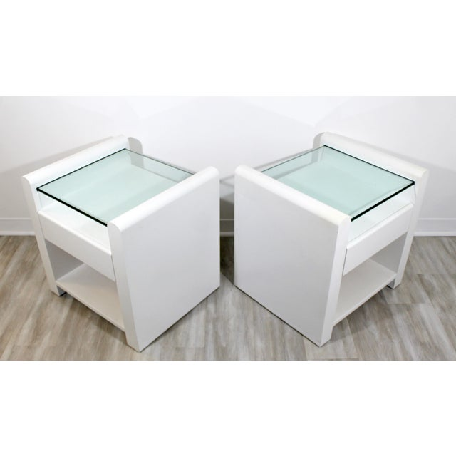 Glass 1980s Contemporary Modern White Lacquer & Glass Nightstands End Tables - a Pair For Sale - Image 7 of 9