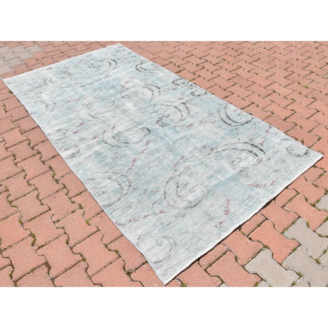 Boho Chic Antique Muted Handmade Boho Chic Wool Area Rug - 4′3″ × 8′2″ For Sale - Image 3 of 6