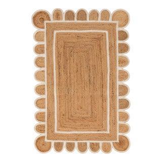 White Trim Jute Scallop Braided Handmade Rug