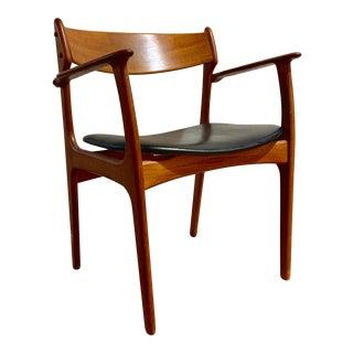Mid Century Danish Chair Oddense Maskinsnedkeri For Sale