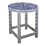 Image of Imperial Beauty Round Table Foyer in Indigo/White For Sale