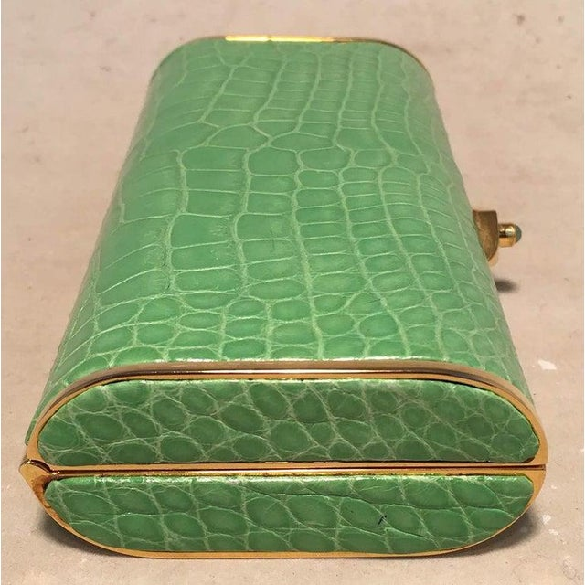 1980s Judith Leiber Vintage Mini Green Alligator Clutch Minaudiere For Sale - Image 5 of 9