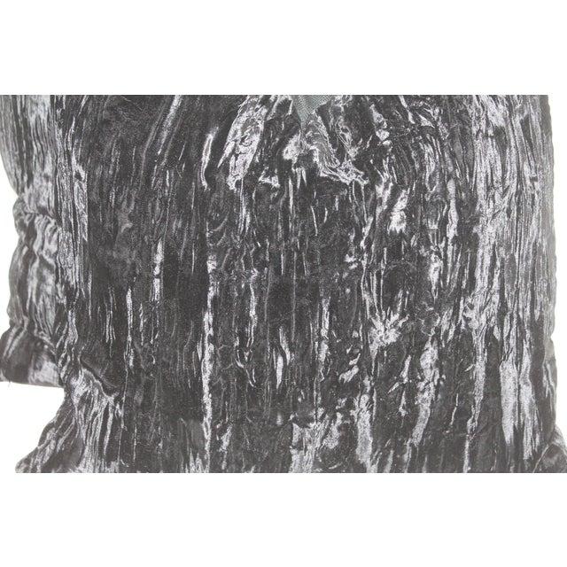 Black Velvet - Image 3 of 4