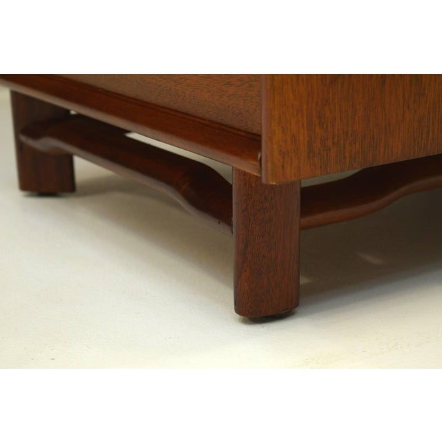 Brown Honduran Mahogany Vanity by Hickory Manufacturing For Sale - Image 8 of 13