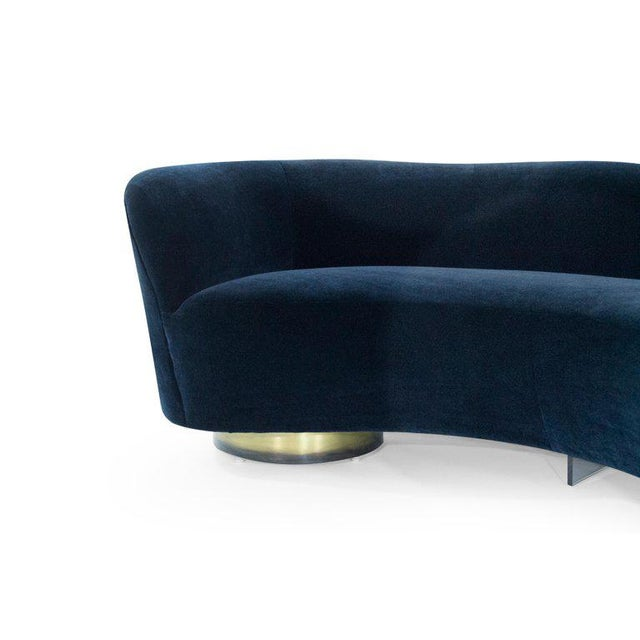 Set of Opposing Serpentine Sofas in Deep Blue Mohair by Vladimir Kagan For Sale - Image 12 of 13