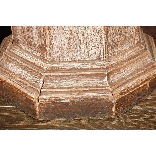 Pair of Octagonal Beveled Top Columnar Plinths From 19th Century England For Sale In Los Angeles - Image 6 of 8