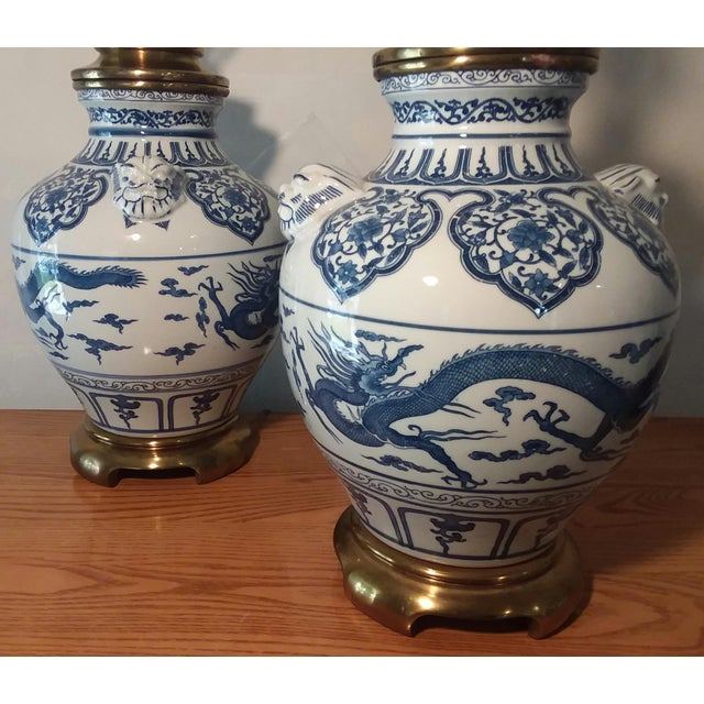 1960s Paul Hanson Blue & White Chinoiserie Dragon Porcelain Table Lamps - a Pair This gorgeous Chinoiserie Porcelain &...