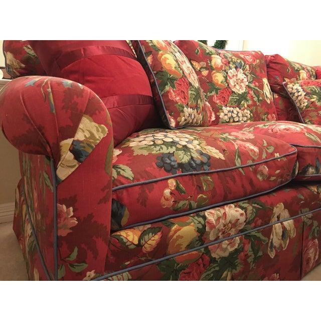 Shabby Chic Henredon Sofa For Sale - Image 3 of 13