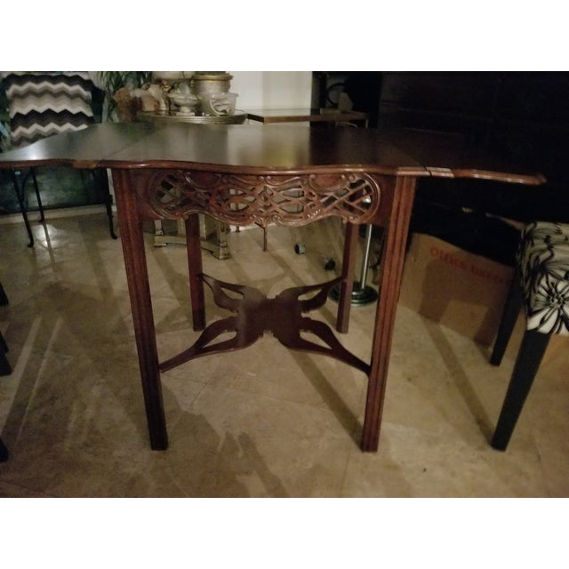 1970s Last Call, Delisting, Baker Historic Charlestown Collection Chippendale Dropleaf Pembroke Tea Table For Sale - Image 5 of 7