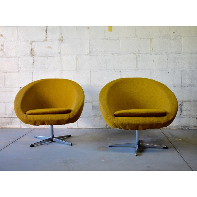Danish Modern Pair - Mid Century Modern Overman Chrome Lounge Chairs For Sale - Image 3 of 6