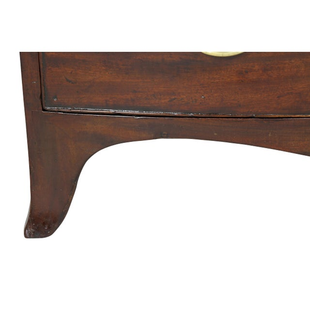 Early 19th Century George III Mahogany and Inlaid Bowfront Chest of Drawers For Sale - Image 5 of 11