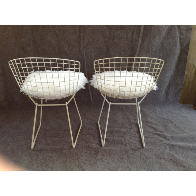 Vintage White Wire Knoll Bertoia Chairs - A Pair - Image 5 of 10