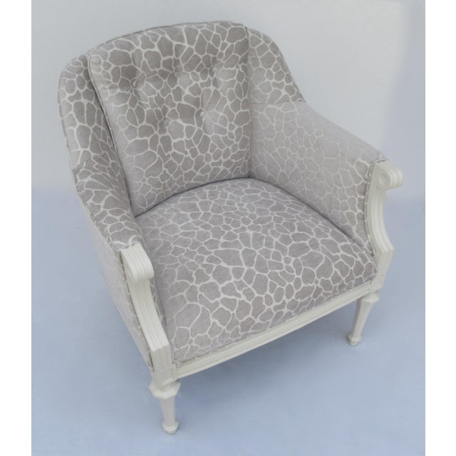 Final Markdown -Dorothy Draper Hollywood Regency Club Chair With Giraffe Chenille For Sale - Image 11 of 13