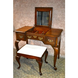 Vintage Pennsylvania House Queen Anne Mahogany Flip Top Vanity and Bench Preview