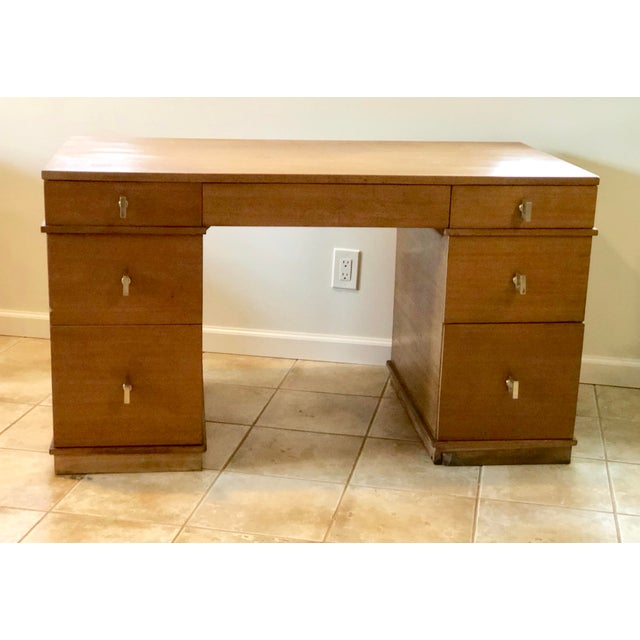 """Mid-Century Modern Mid Century Blonde Wood Double Pedestal Desk 1.75"""" Square Brass Pulls For Sale - Image 3 of 11"""