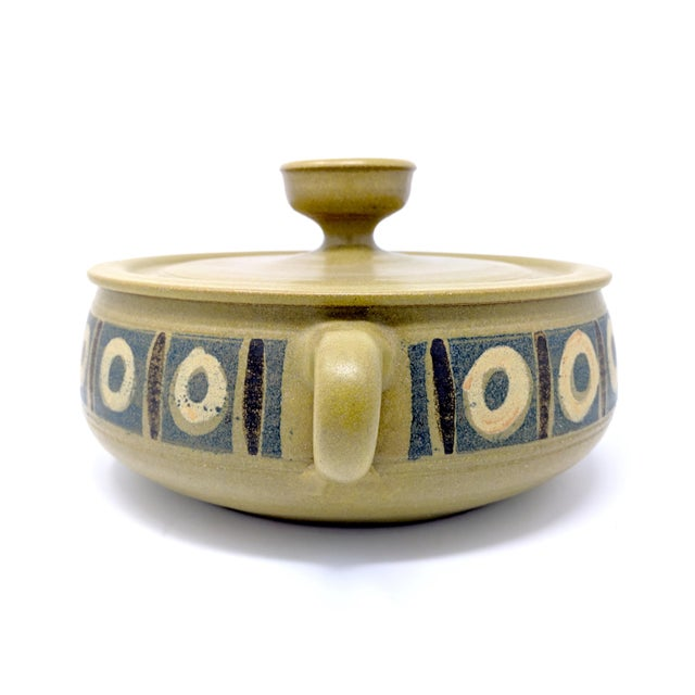 1970s 1970s Vintage Wishon-Harrell Pottery Covered Serving Dish For Sale - Image 5 of 10