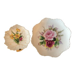 Vintage Hand Painted Floral Design Plates Japan— a Pair For Sale