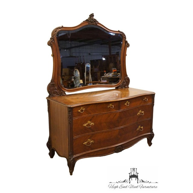 French 1920s Antique Louis XVI Bookmatched Mahogany Dresser with Mirror For Sale - Image 3 of 12
