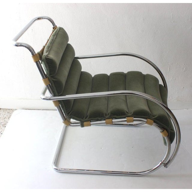 Art Deco Vintage Mies Van Der Rohe Style Lounge Chair by Gordon International For Sale - Image 3 of 13