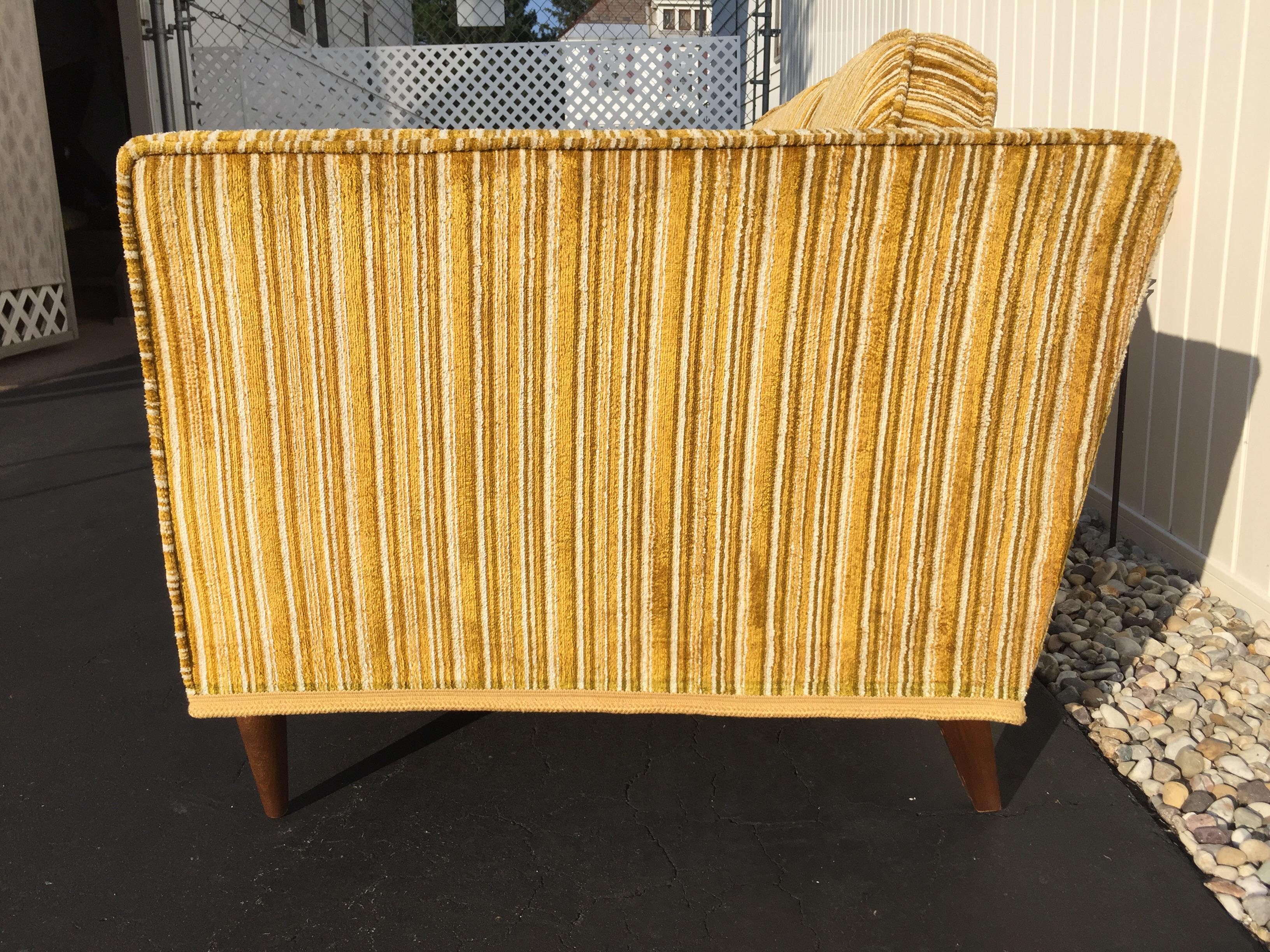 Kroehler Royale Mid Century Gold Striped Sofa   Image 4 Of 11