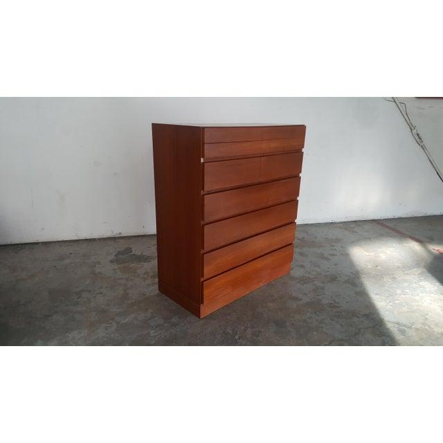 Danish Modern 1950s Vintage Arne Wahl Iversen for Vinde Mobelfabrik Teak Dresser For Sale - Image 3 of 12