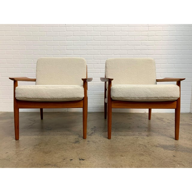 Arne Vodder Teddy Faux Fur Danish Modern Lounge Chairs - a Pair For Sale - Image 11 of 11