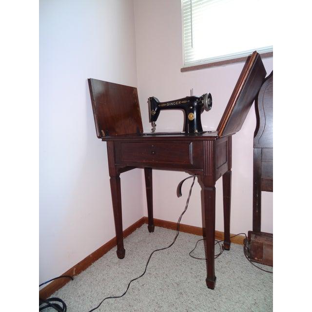 Antique Singer Sewing Machine - Image 2 of 4