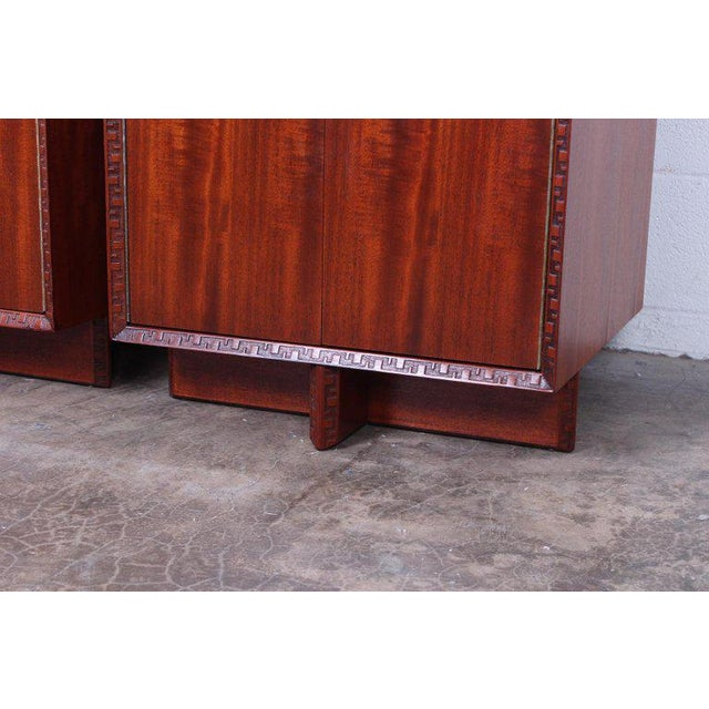 """1950s Frank Lloyd Wright """"Taliesin"""" Nightstands for Henredon For Sale - Image 5 of 11"""