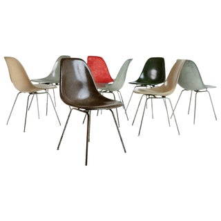 Charles & Ray Eames for Herman Miller Fiberglass Dsx Chairs, Early Production For Sale