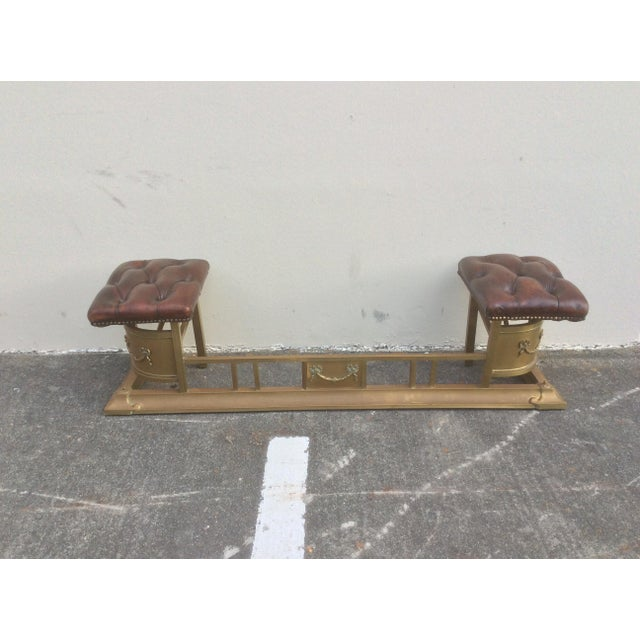 Tufted Leather and Brass Edwardian Fireplace Fender For Sale In San Antonio - Image 6 of 8