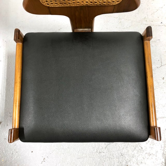 Mid Century Italian Modern Men's Valet Chair For Sale In New York - Image 6 of 11