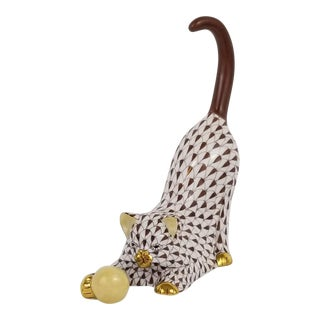 Herend Chocolate Porcelain Fishnet Kitten With Ball For Sale
